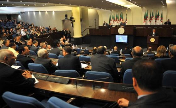 Session parlementaire 2017-2018 : 36 projets de lois à l'ordre du jour