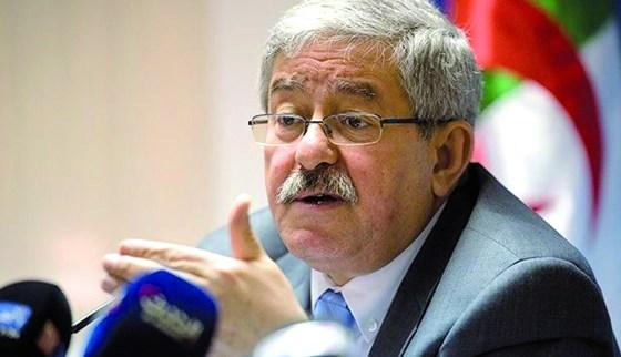 Ouyahia dresse un bilan peu  reluisant de la situation financière