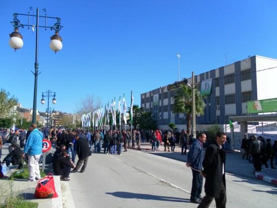 FFS Béjaia : «Absence de liberté de décisions et non-gestion du parti»