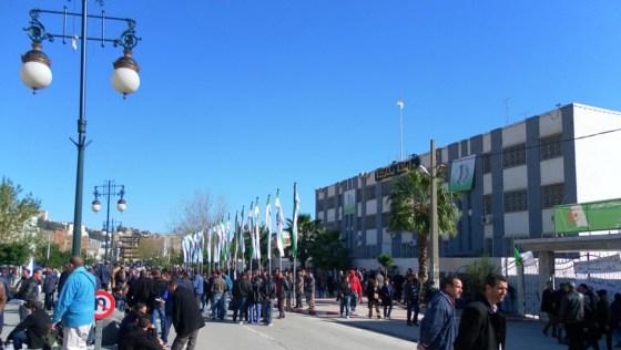 Les communaux réclament «l'ouverture d'un dialogue»
