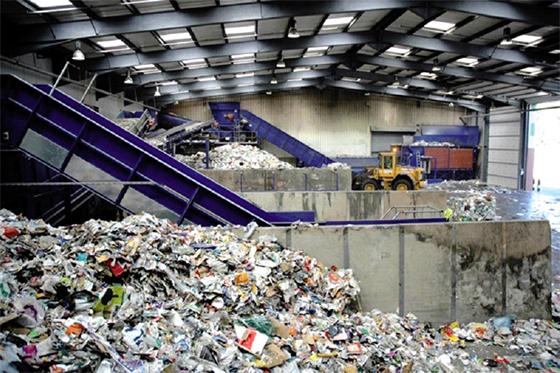 REVADE : Transformer les déchets en matière première