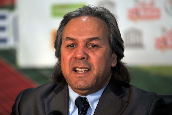 Rabah Madjer pressenti pour driver les Verts