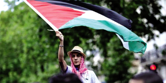 Hanoune : «Trump rend service aux Palestiniens»