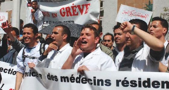 Les médecins résidents menacent d'une grève illimitée