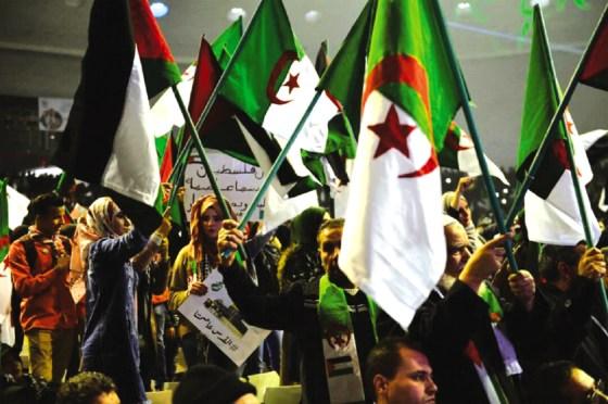 Des milliers de citoyens à la Coupole pour l'amour d'El Qods