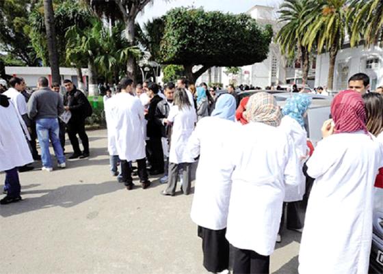 Les médecins résidents menacent de paralyser les hôpitaux