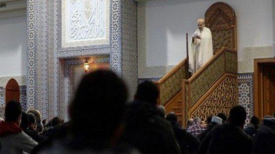 Formation obligatoire d'imams en langue amazighe