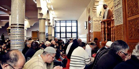 """Prêche qualifiant l'émigration clandestine de """" haram"""" : de la """"prévention"""""""