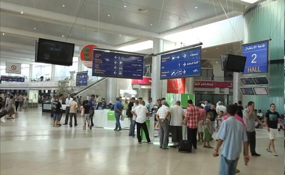 Trafic de devises: trois voyageurs arrêtés à l'Aéroport d'Alger