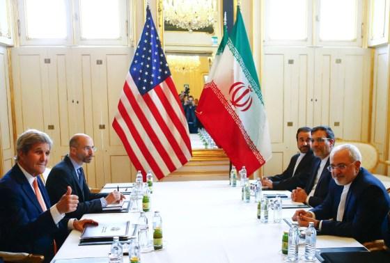 Les USA proposent des contacts secrets à Téhéran
