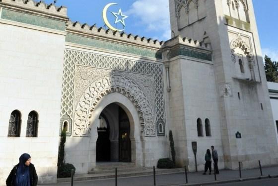 Des imams dépêchés d'Alger pour officier les prières durant le Ramadhan en France