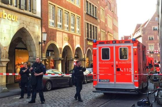 Allemagne :Un véhicule fonce à Münster dans la foule,faisant plusieurs morts