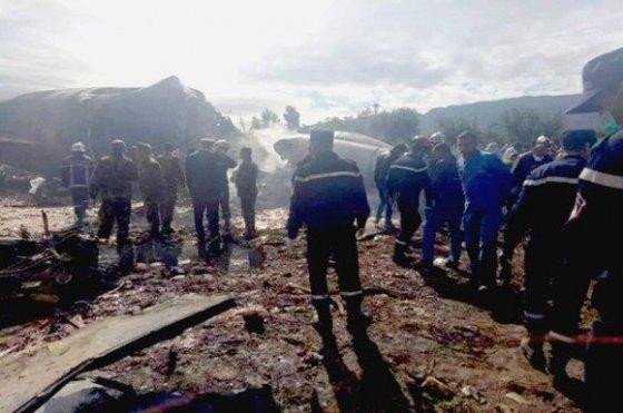 ALGÉRIE : 257 MORTS DANS LE CRASH D'UN AVION MILITAIRE