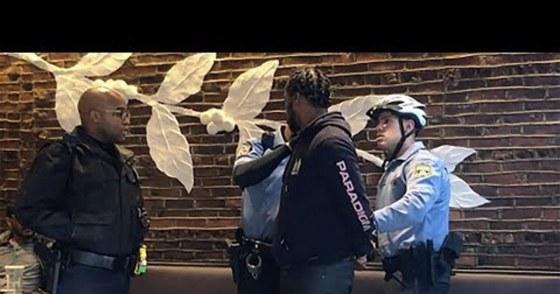 Campagne contre Starbucks pour racisme