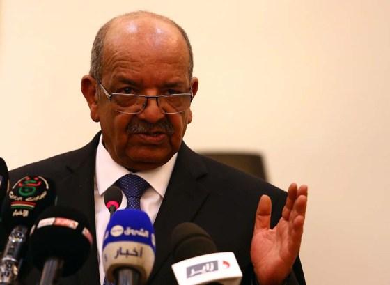 Lutte contre le financement du terrorisme: Messahel expose la vision algérienne