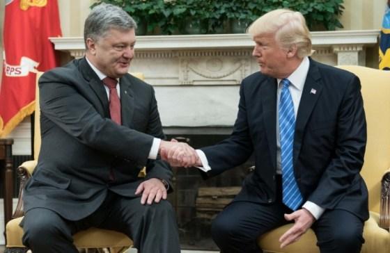 """Poroshensko et le """"bakchich"""" pour rencontrer Trump"""