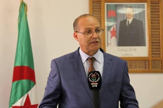 Bouazghi veut récupérer les terres agricoles non exploitées