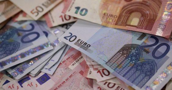 Arrestation d'un individu en possession de 212 400 Euros à l'Aéroport d'Alger