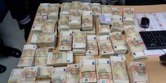 Saisie de plus d'un million d'euros à l'aéroport d'Alger