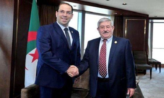 Ouyahia s'entretient à Pékin avec le Premier ministre tunisien Youssef Chahed