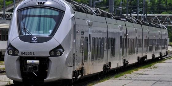 Train Coradia : Départ sur la ligne Béchar-Oran