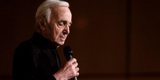 """Charles Aznavour : le """"Bohémien"""" qui a chanté en kabyle s'en va"""