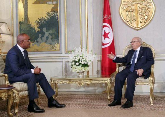 Bedoui en visite à Tunis