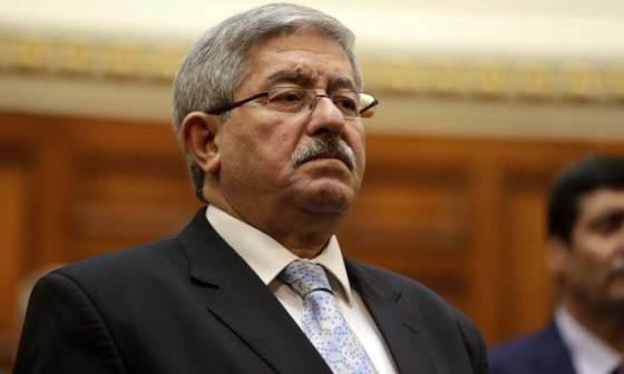 Conférence de presse d'Ahmed Ouyahia:« Pas de dissolution de l'APN »