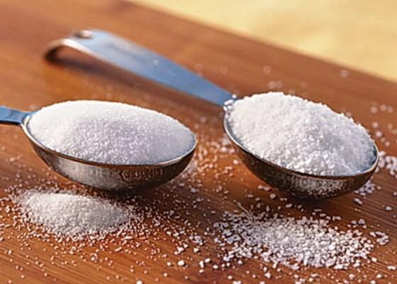 Appel à la réduction du sucre et du sel par voie réglementaire