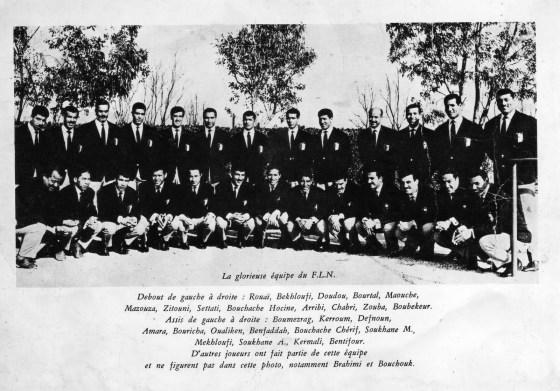 1e Novembre 1954:Les étudiants rendent hommage à la glorieuse équipe du FLN