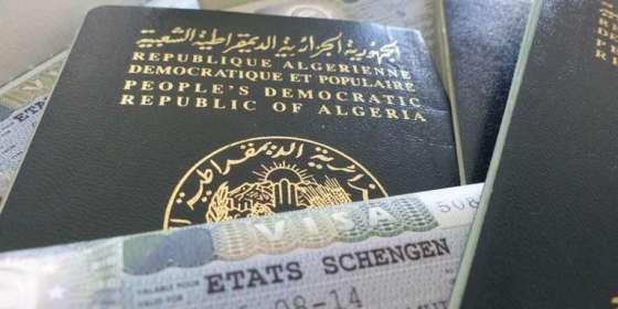 Le visa facilité pour les journalistes, écrivains et hommes d'affaires