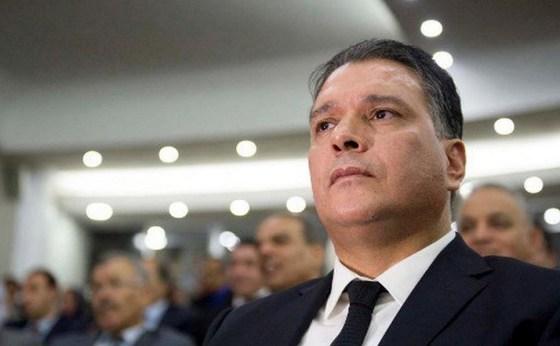 Les activités du BP du FLN gelées par Bouteflika