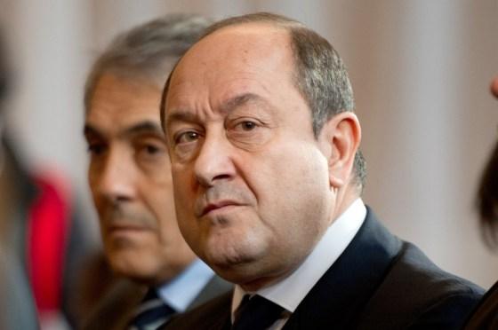 France: Les « Services » mis au service d'Arnault ?