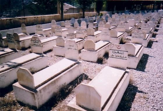 Plus de 1200 cimetières de martyrs restaurés