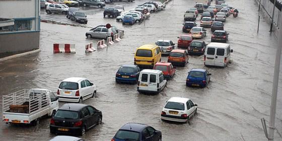 Intempérie:Inondations, crues d'oueds et routes coupées