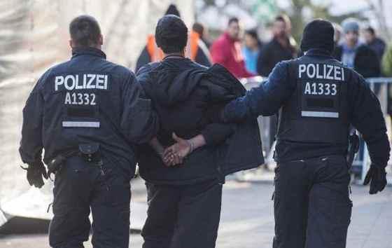 5 000 algériens expulsés chaque année d'Europe