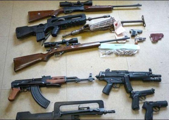 Trafic d'armes: Des peines d'un à sept ans de prison prononcées