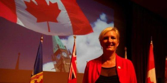 L'ambassadrice du Canada visite l'université Constantine 2