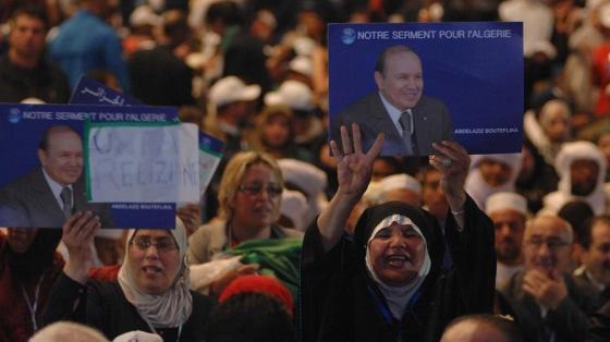 Bouteflika candidat officiel du FLN