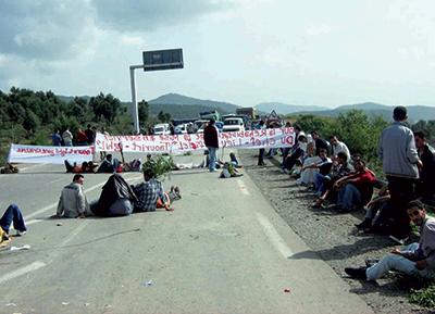 Des manifestants ferment la route Bejaia-Alger
