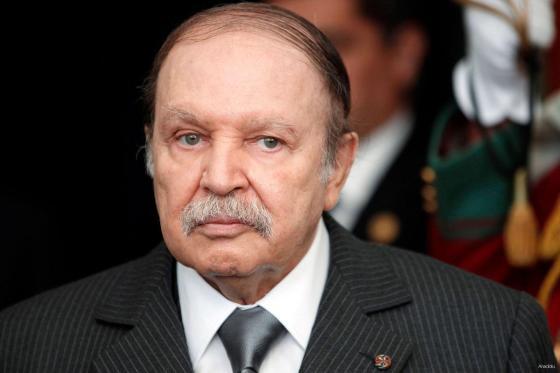 Bouteflika exhorte les Algériens à l'unité et au consensus
