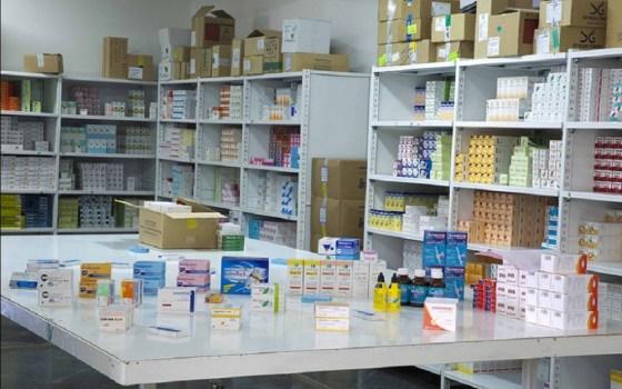 Médicaments: plaidoyer pour une révision des prix