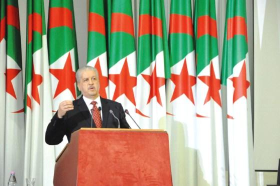 Sellal : «Le gouvernement mènera son programme à terme»