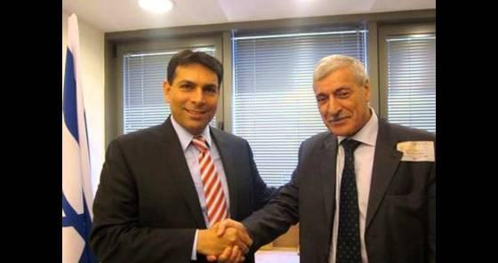 Ferhat Mhenni appelle à la sécession de la Kabylie