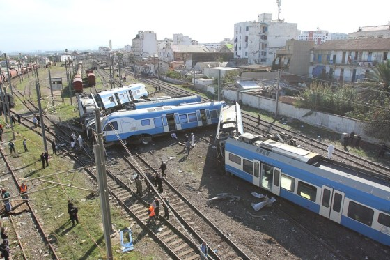 Trois morts et 91 blessés dans le déraillement d'un train à Alger (actualisé)