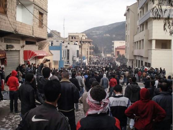 Des débats citoyens sur le changement politique à Béjaïa