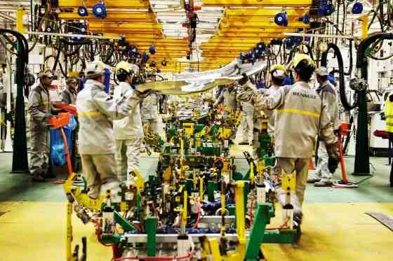 Renault: L'Etat supportera les surcoûts de la production locale