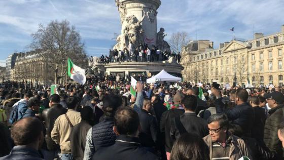 Les manifestants insistent sur l'unité du peuple