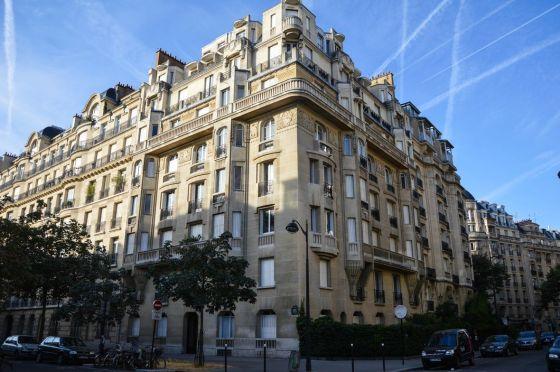 L'oligarchie algérienne et l'immobilier parisien: Un magazine français lève le voile