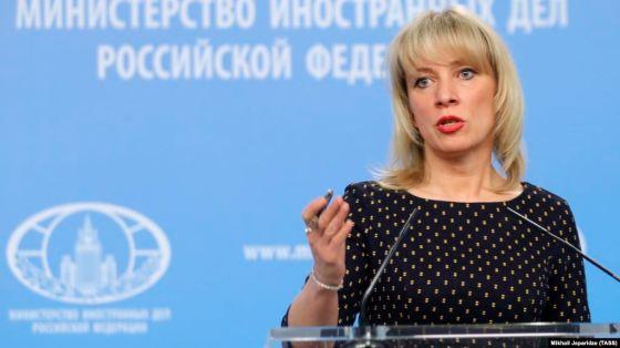 Moscou appelle Paris à ne pas lui « donner de leçon »